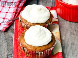 Jumbo Frosted Pumpkin Cupcakes!