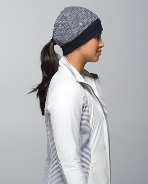 Lululemon - Run with Me Toque Hat